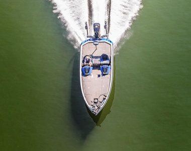 Speed boat on Lake Cumberland, Somerset-Pulaski County, KY